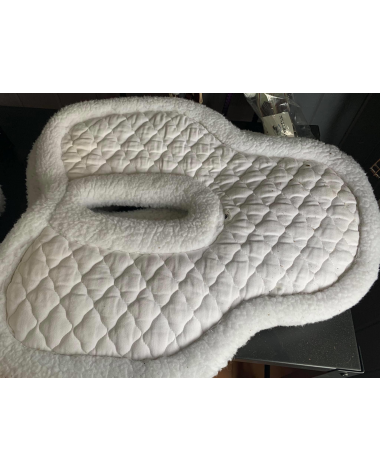 White Toklat Medallion SuperQuilt & Wither Relief Half Pad