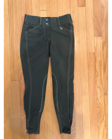 Nice color! Great pair of breeches for schooling. no stains or rips