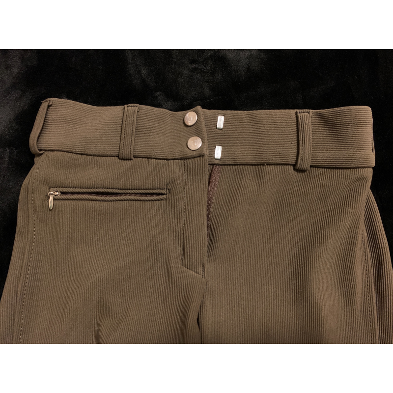 Tuff Rider, Ribbed Low Rise breech, knee patch, color chocolate