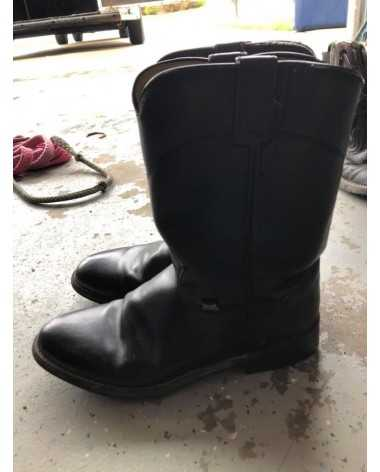 Size 9 Round Toe Justin's Cowboy Boot