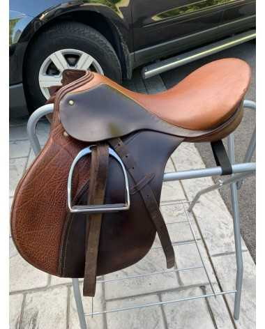 Passier close contact jumpers saddle with a medium tree