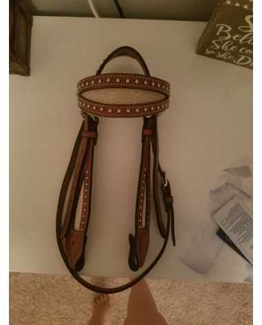 Horse sized western bridle with cow hide