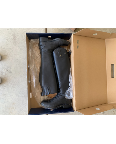 Ariat English riding boots brand new
