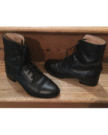 Ariat lace-up ladies Paddock Boots, size 10, Black.