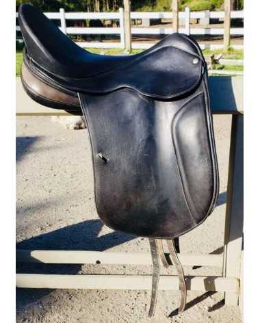 "Sommer 18.5"" Dressage Saddle - Good Condition"