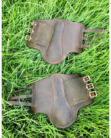 Brown boots front small/medium
