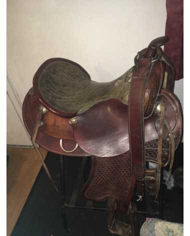 $ 600neg. 16in high back ranch saddle cherry with green seat