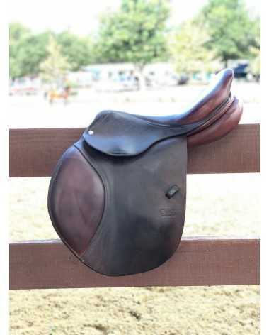 "CWD Saddle 17"" 2C very good condition"