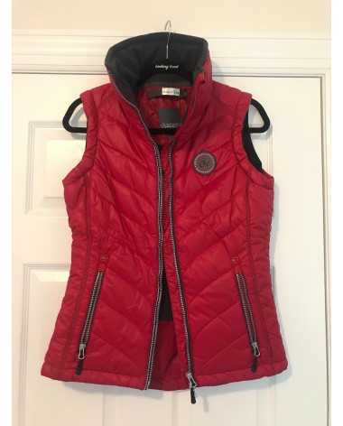 Ovation Red Vest XS