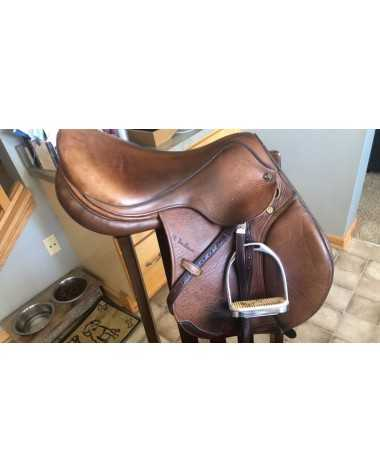 M. Toulouse Saddle 16.5 Great Condition