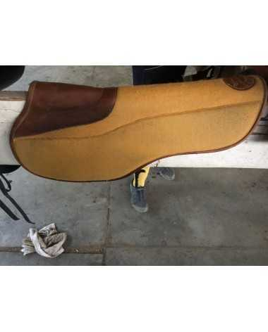 Half pad Butet in very good condition