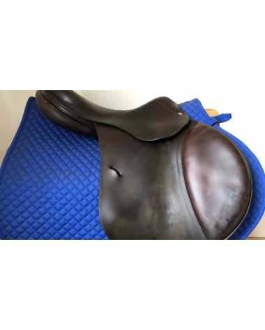 "17.5"" Antares saddle - 2002 - 3A - 4.5"" dot to dot"