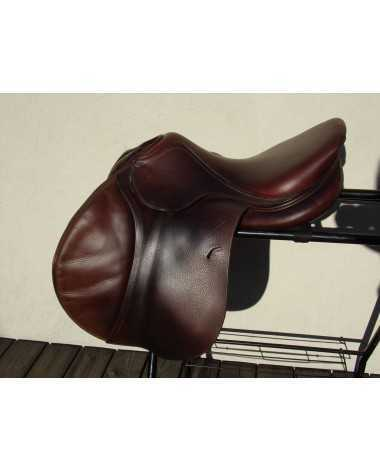 Antares saddle 17'5 Flap 4AAB