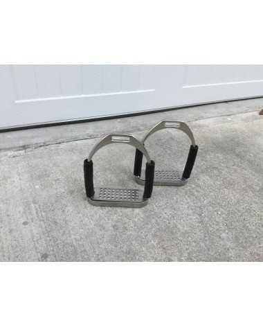 """**SOLD** 4.5"""" jointed stirrup irons"""