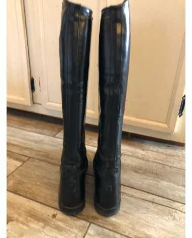 Elite tall field boots