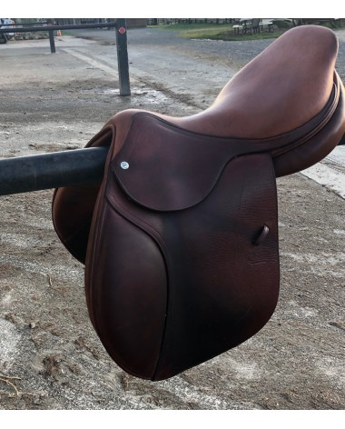 CWD saddle 17""