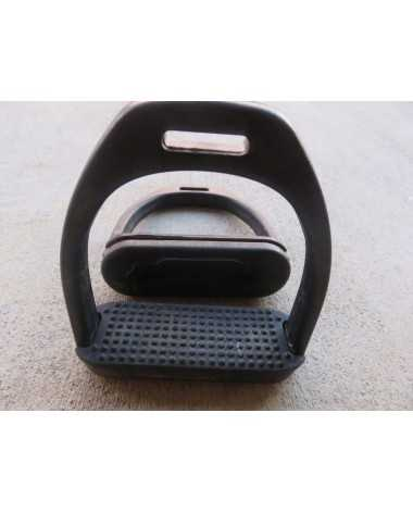 Black composite stirrups