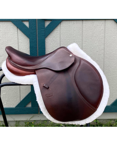 CWD 2015 in Almost Like New Condition! 17 inch seat! 3C Flap