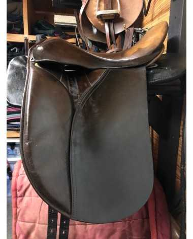 "17"" orthoflex dressage saddle"