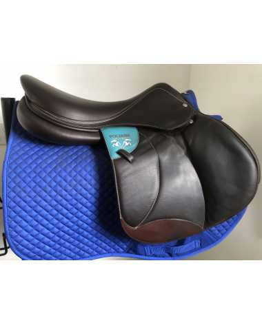 "18"" Voltaire Palm Beach saddle - 2016 - 2AA - pro 5"" dot to dot"