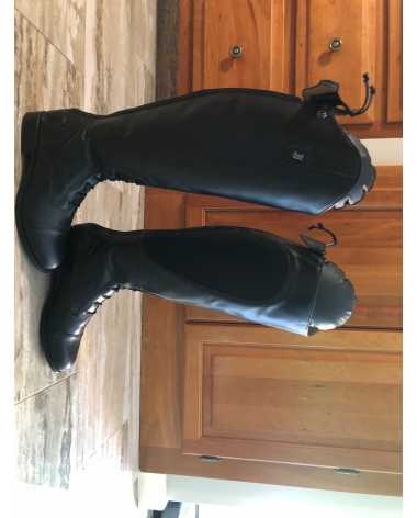 New Justin Field Boots Size 7 1/2 Short, Wide Calf