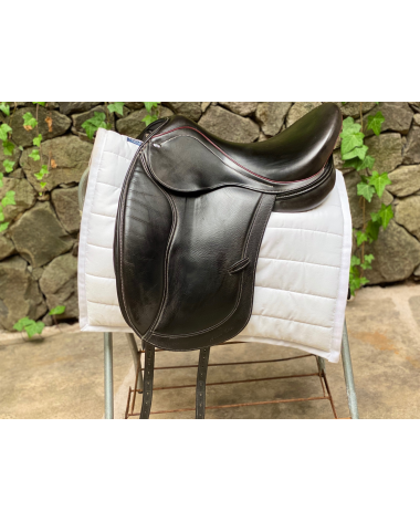"17.5"" Adam Ellis Kemlyn Dressage Saddle with Red Piping"