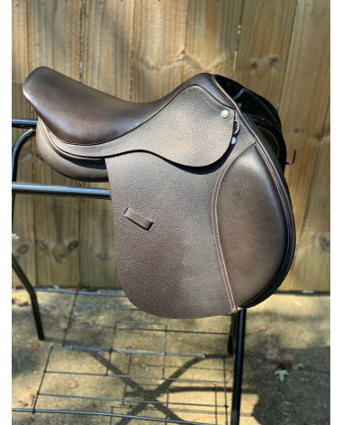 "15.75"" Dover Circuit Saddle"