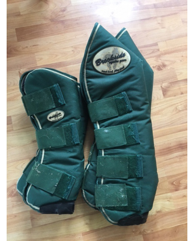 Horse size shipping boots
