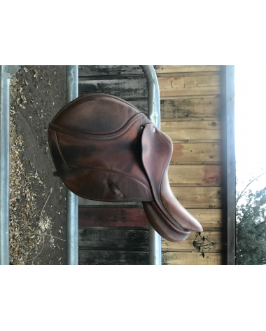 15 inch CWD pony saddle for the little people !