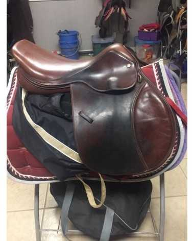 Dover Circuit deluxe saddle