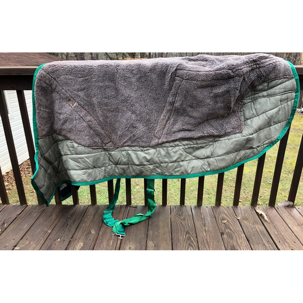Excellent Condition Triple Crown Stable Blanket Size 72