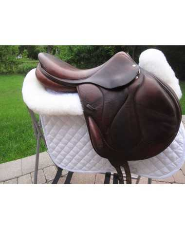 17.5 Devoucoux Chiberta Monoflap Close Contact jump saddle - 2A flap, Arcade Normale (Med / Med wide)