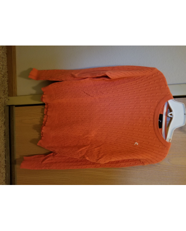 Horze cable knit sweater