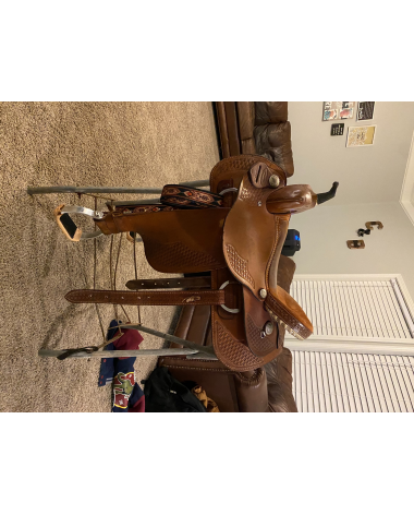 16 inch Dakota western saddle