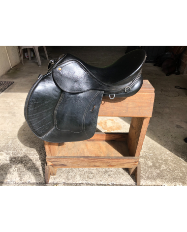All purpose schleese saddle