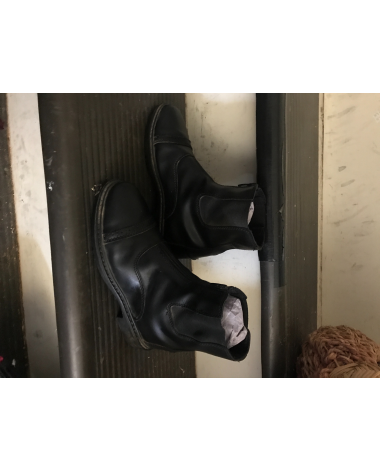 size 5 youth paddock boots