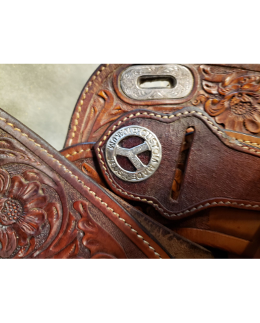 "16"" Circle Y Saddle great condition"
