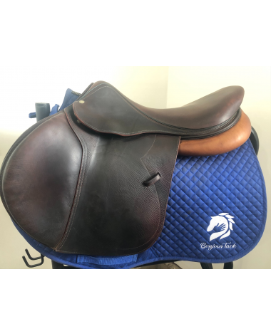 "18.5"" Devoucoux Biarritz D3D saddle - 2013 - 2AAR"
