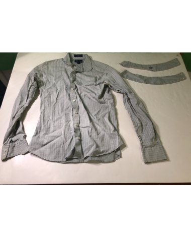 Essex Hunting Shirt Size 34 With Collars